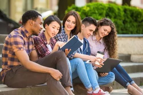 英国课程辅导——英国大学上课形式